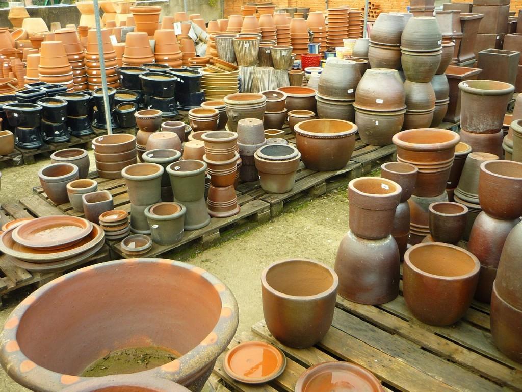 pots-221317_1280